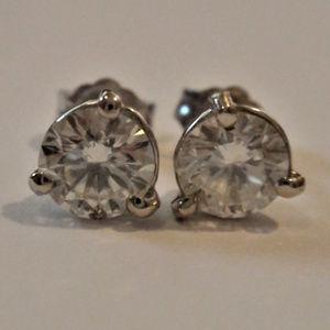 Jewelry - 1.45CT H/VS 3 Prong Martini Diamond Stud Earrings